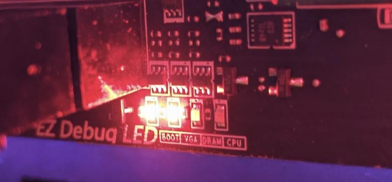 Debug led lucka za BOOT in VGA